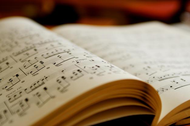 PSALMIST LIVING